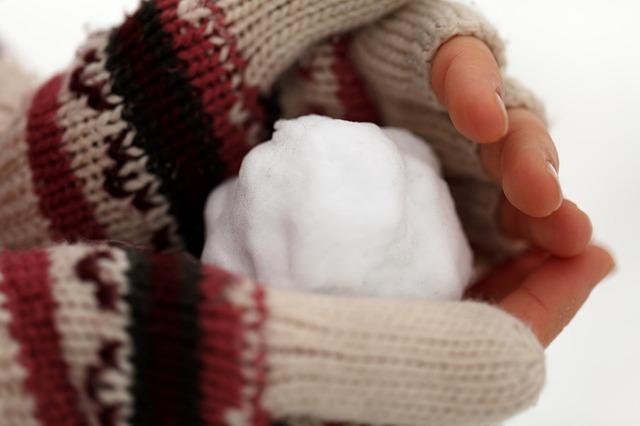 Zimne dłonie przyczyny i leczenie. Jak leczyć zimne stopy?