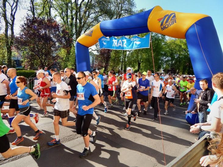 Kolano biegacza – problem nie tylko maratończyków
