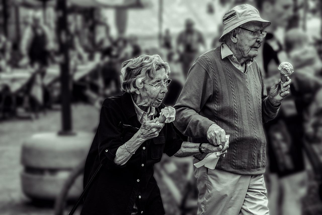 rehabilitacja domowa seniorow